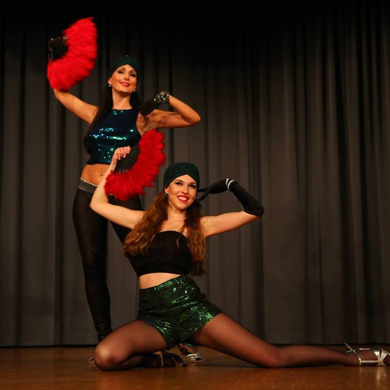 Bisou Elhami Burlesque Fusion Picture by MaKo-Foto.jpg