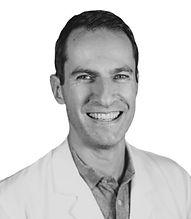 Alexandre_RAULT_Chirurgien_visc%2525C3%252583%2525C2%2525A9ral_et_digestif_edited_edited_edited.jpg