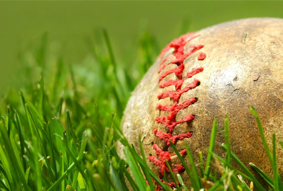 Baseball background small.png
