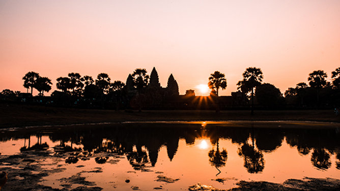 1-Day Angkor Wat Tour - Explorer