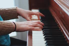 The Piano Players Finger - Acupuncture for Arthritis