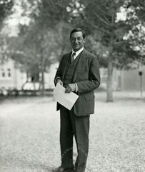 יהודה לייב מאגנס, שנות ה-30
