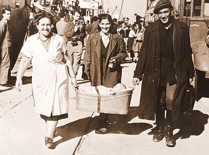 משפחת הלפנד יוצאת מקפריסין