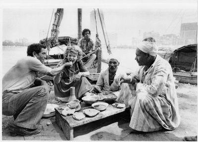 סוזי בסעודת דייגים על הנילוס