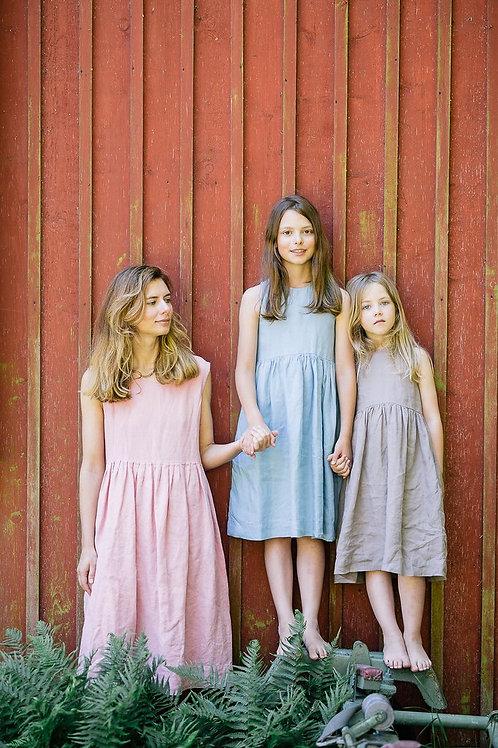Smock Dress for Girls from Son De Flor, Sleeveless