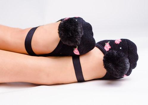 Ladies Floral Black faux fur pompom