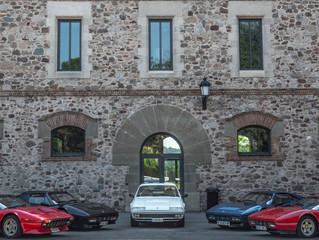 Tres 328 y otros Ferraris