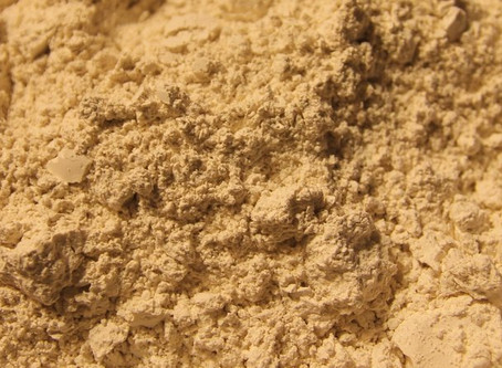 How to Use Diatomaceous Earth for Healthy Hair, Nails, & Skin