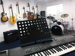 Guitar Wall_Piano