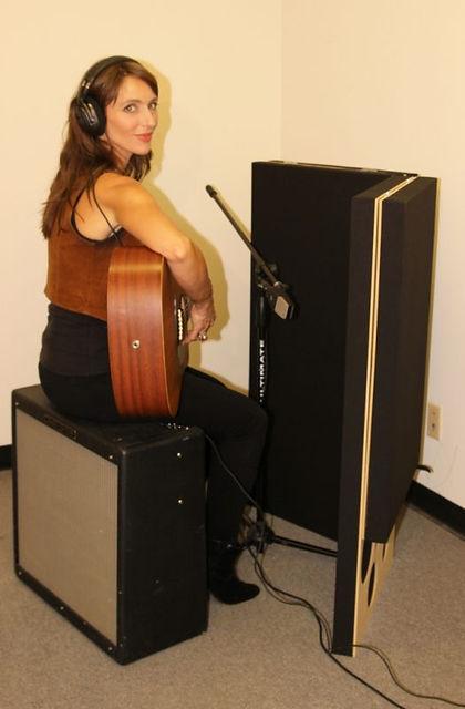 PIB-Portable-Isolation-Booth-recording-g