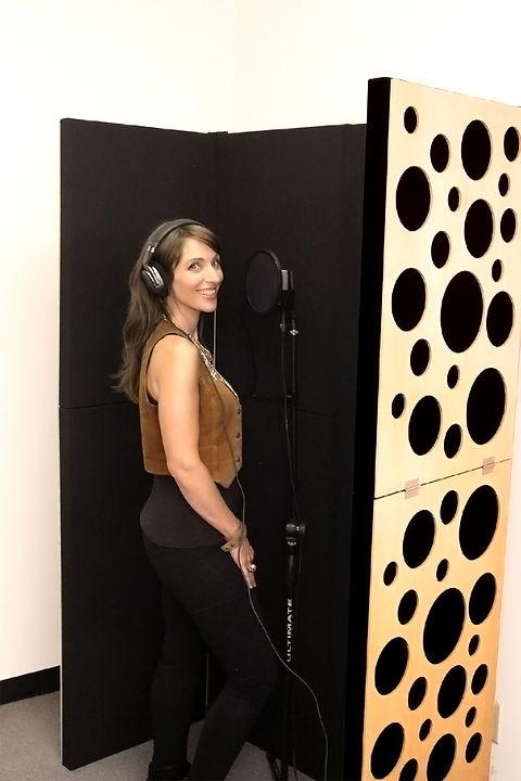 pib-portable-isolation-booth-gik-acousti