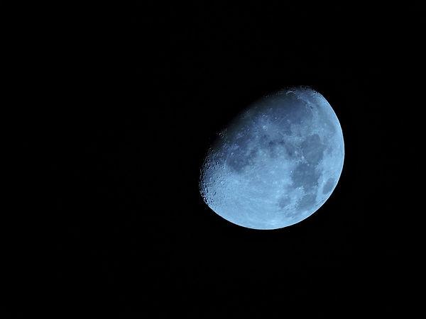 moon-1733770_960_720.jpg