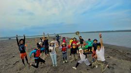2015地球日出海口淨灘紀實