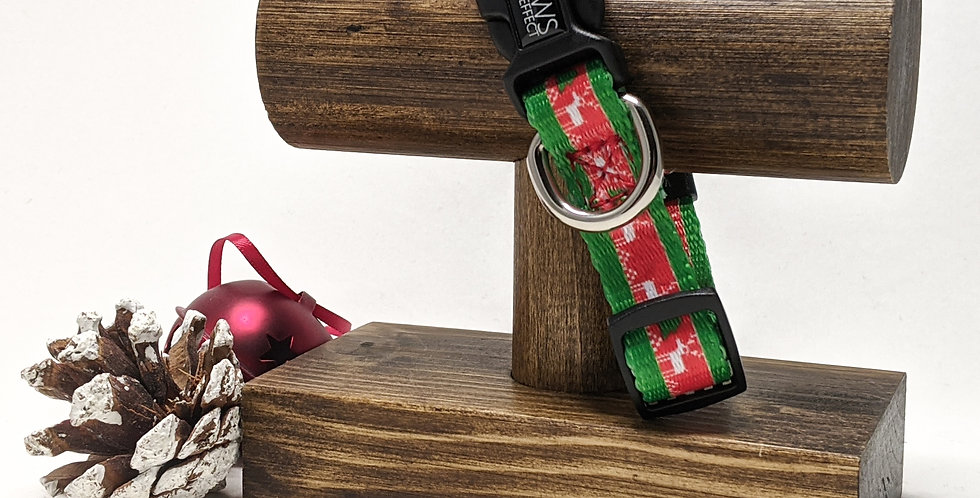 The Christmas Collar in Reindeer Print