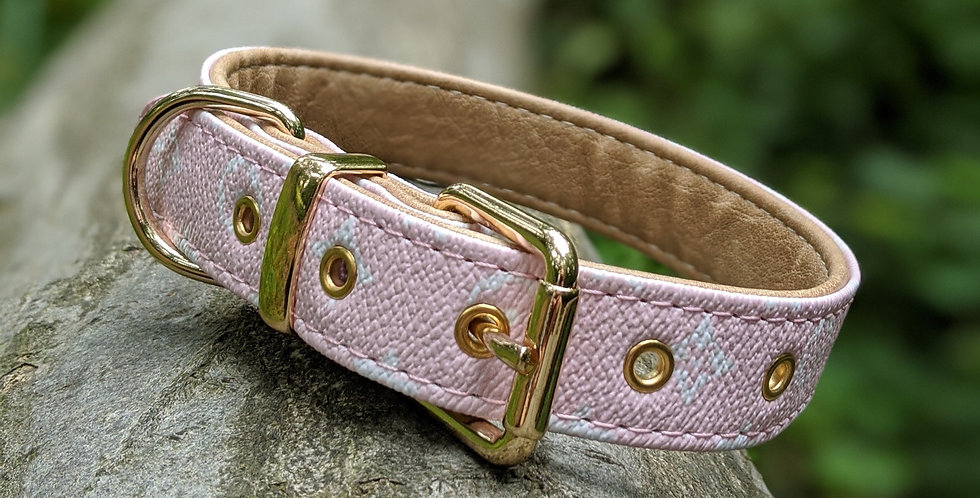 The Valencian Collar in Pink