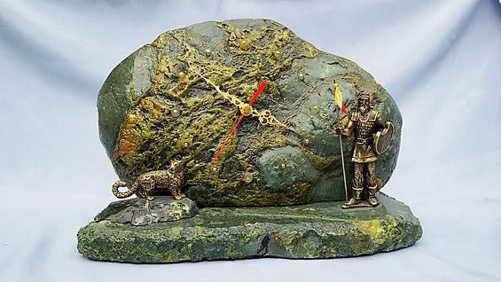 сувенир из каменя диабаз