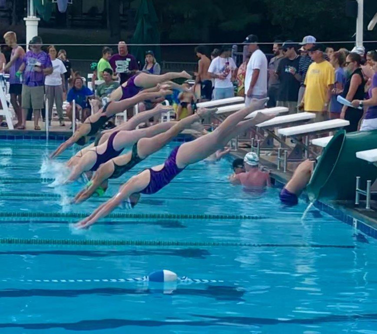 swim team pic.jpg