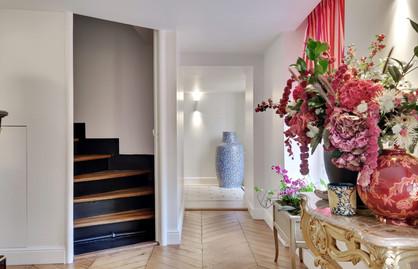 EMBLEM PARIS OFFICE-IN (10).jpg