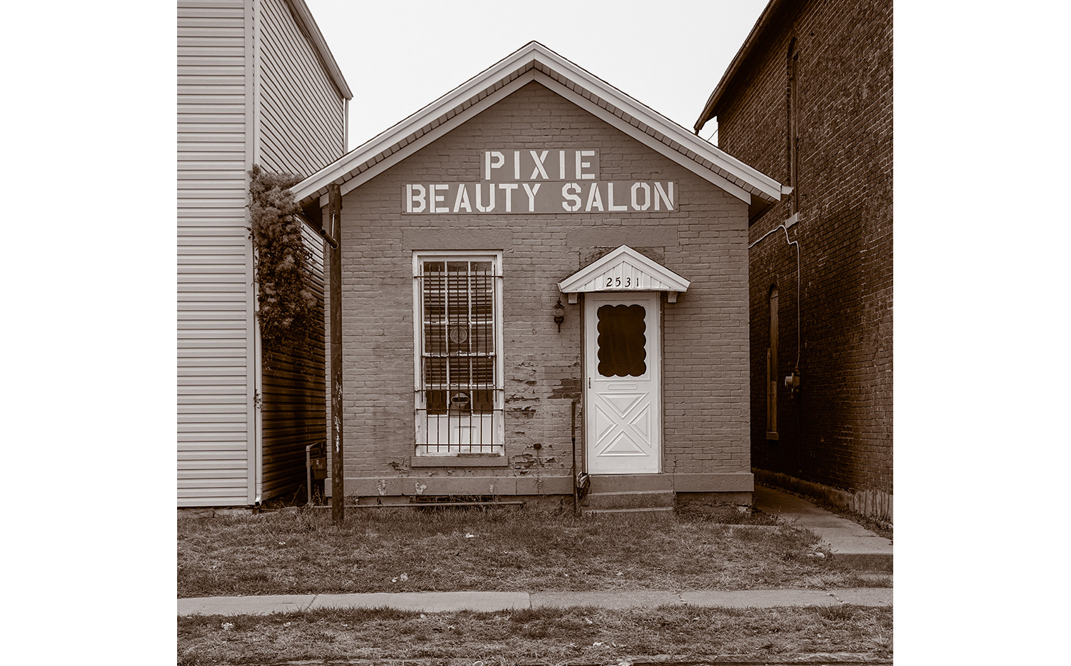 PIXIE BEAUTY SALON
