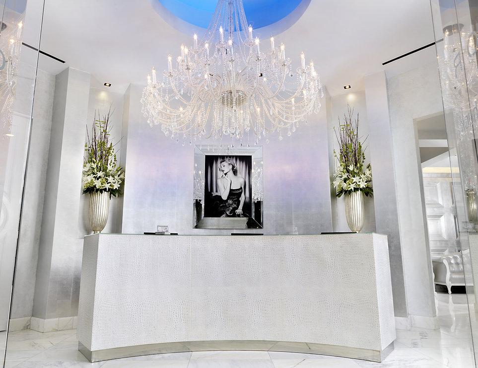 Caesars-Palace_COLOR-Salon-Front-Desk_Press.jpeg