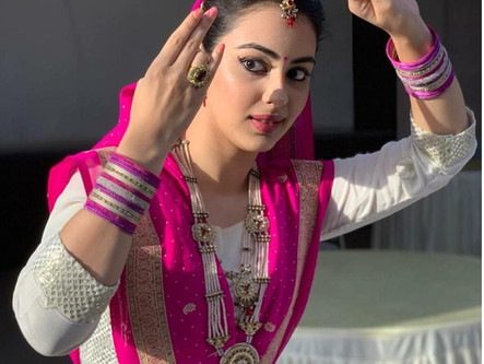 Learn Facial Expressions in Dance with Shriya Popat