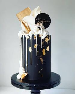 Drip style cake