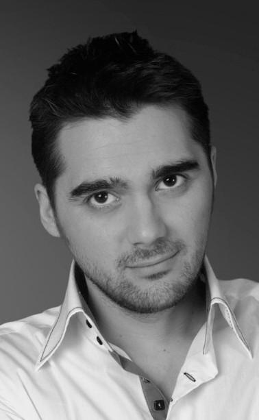 Julien BOURIERES (Comedien)