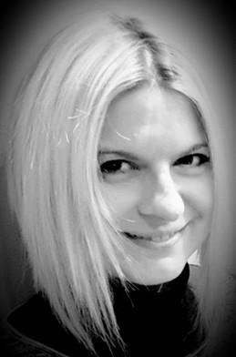 Isabelle CANOSI (Comédienne)