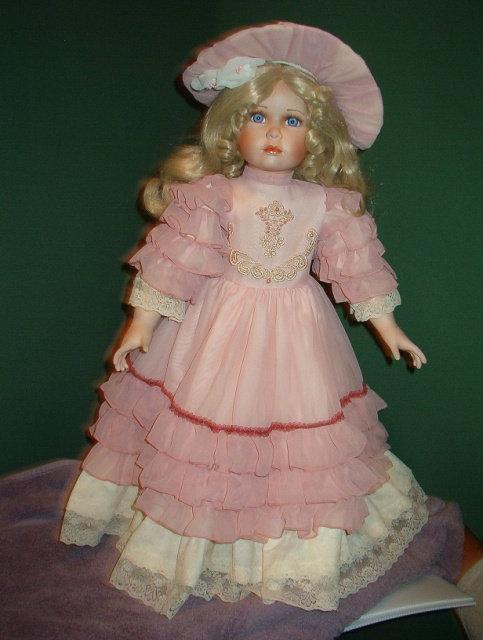 Lacey Porcelain Doll - William Tung