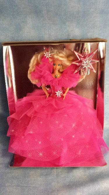 Blonde Barbie - Happy Holidays - NRFB