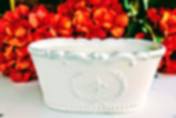 White Oval Fleur.JPG
