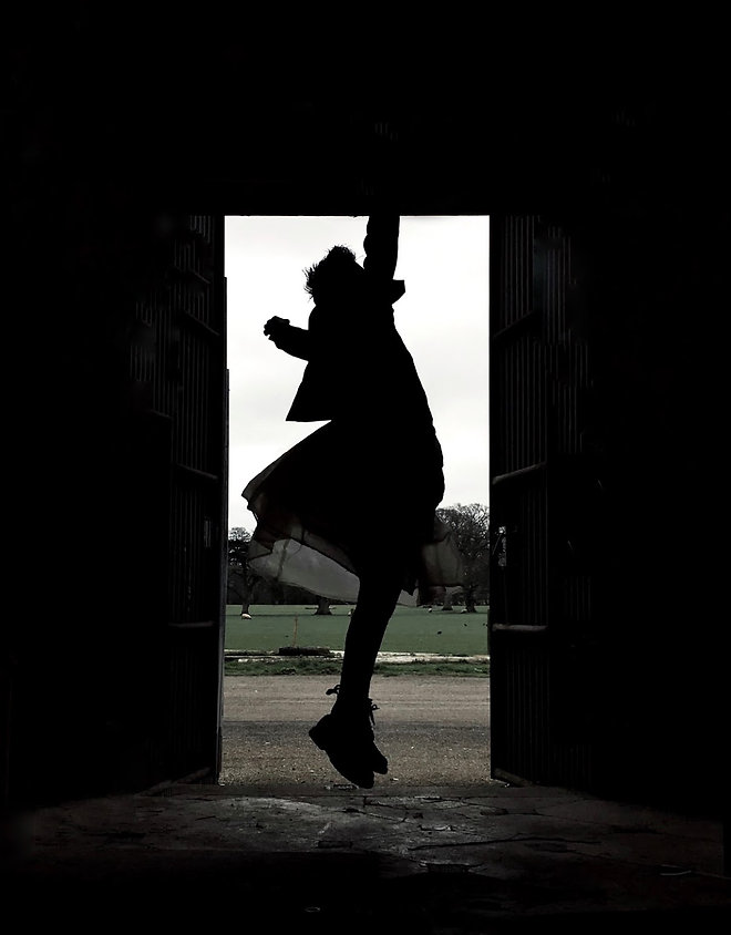 media videographer work dance cheap xavier de santos dance artist film drone promotion videos promos trailers interviews hire camera man operator photography website design bristol bath keynsham south west england portugal porto portuguese allouaqui company theatre bath spa university balleatro belinha