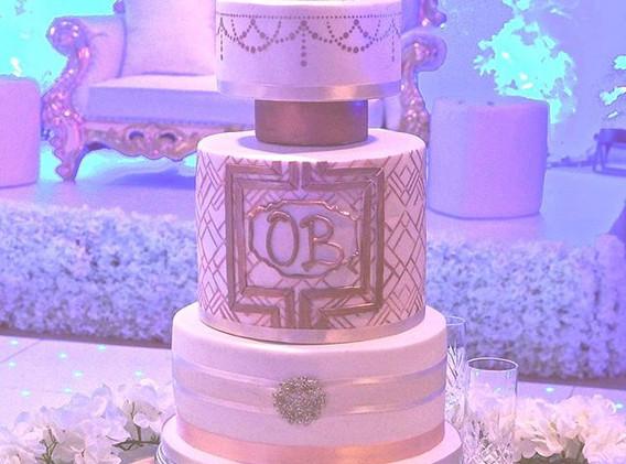 Great Gatsby rose gold cake