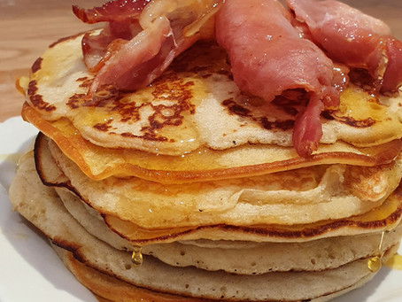 14 things to bake with the kids - Pancakes