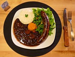Square Meal featuring Salsichão