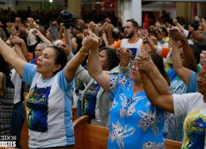 Unção, oração, fé e muita alegria marcaram o terceiro dia de festa