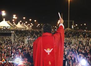 Fotos do 7º dia da Semana de Pentecostes