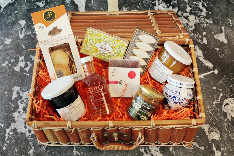 Exemple de Produits Gourmands disponibles dans l'Épicerie.  Chez Babeth cherche à se renouveler sans cesse pour rester cohérent avec ses valeurs.