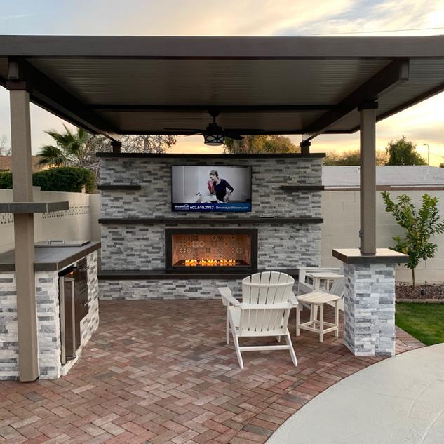 Az_Outdooor_Fireplace.jpeg