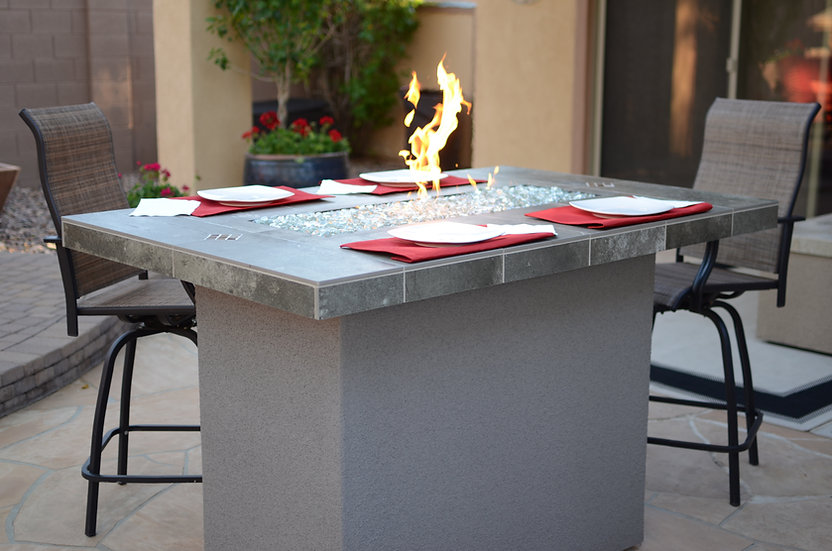KoKoMo Entertainer Bar Fire Table