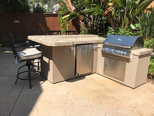L-Shape BBQ Island With Bar Seating and 4 Burner Built-in BBQ Grill