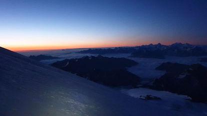 Рассвет на Эльбрусе.jpg