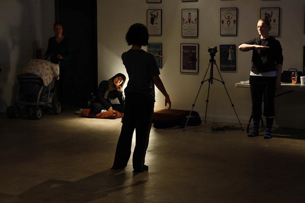 Janine Saarinen (choreographer) Jennifer Hum, Alex Bascynskyj (interpreters)
