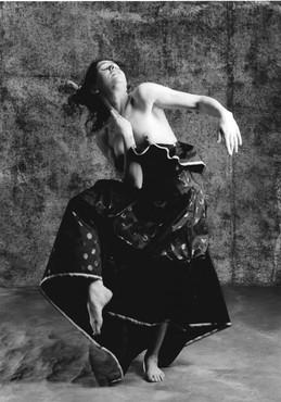 Traviata Solo 6_edited.jpg