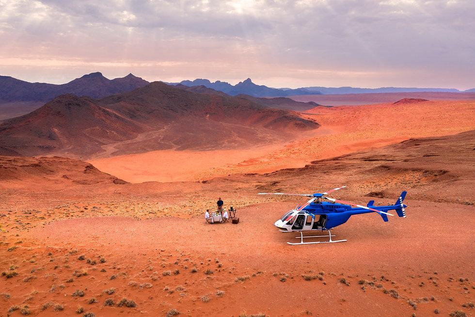 scenic-helicopter-flight-picnic-setup-andbeyond-sossusvlei_3.jpg