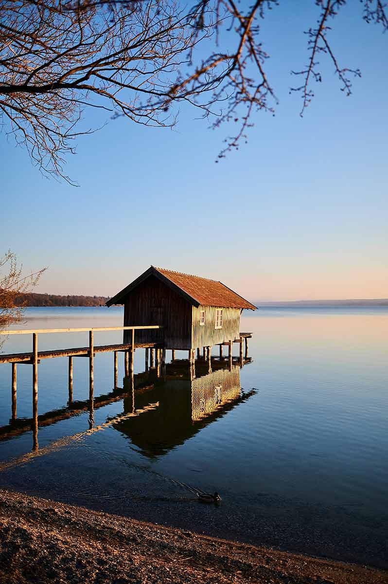 Familienausflug nach Stegen am Ammersee Sonnenuntergang Bootshaus