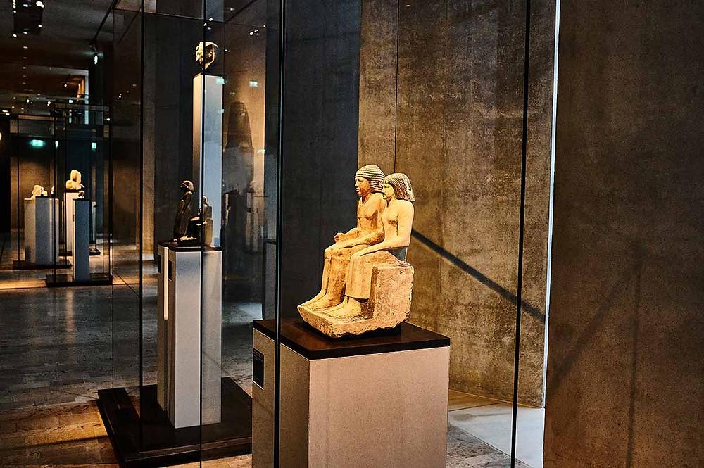 Familienausflug SMÄK Städtisches Museum der Ägyptischen Kunst München Sabu und Meritites Statue