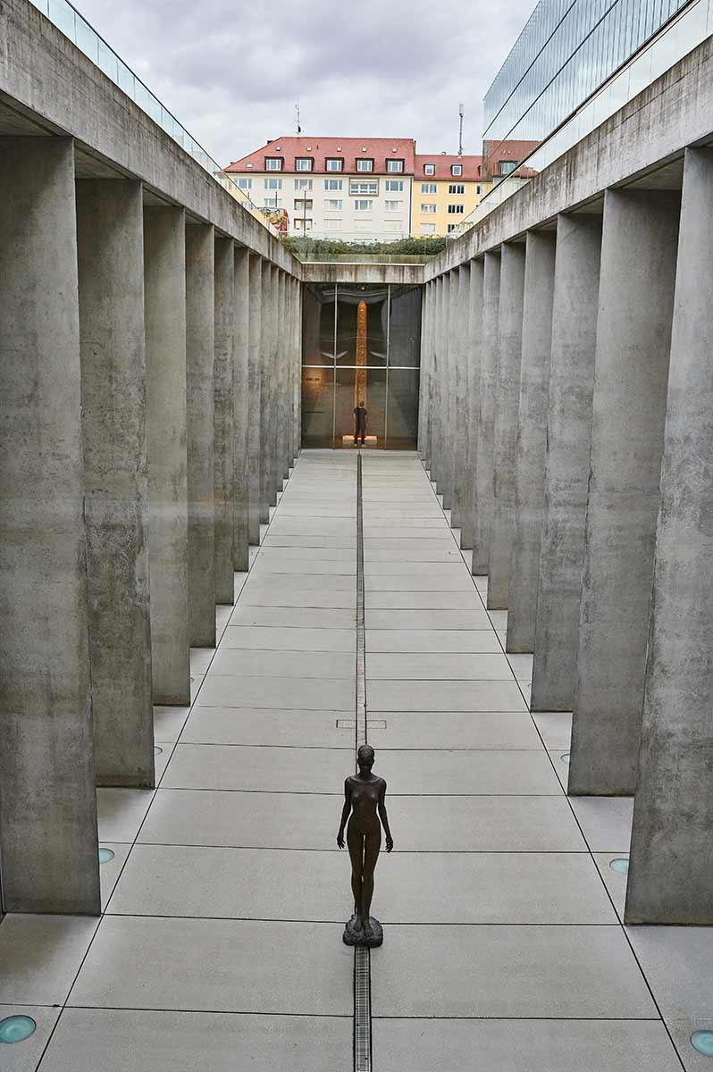 SMÄK Städtisches Museum der Ägyptischen Kunst München Isolde Frepoli Begegnungen Skulptur