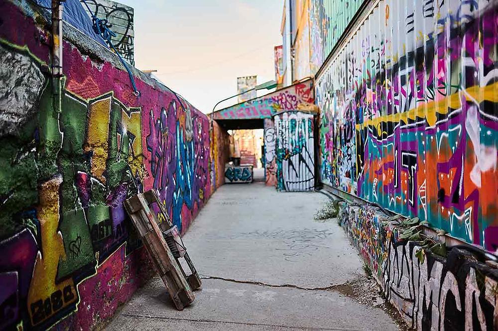 Bahnwärter Thiel in München Bar Graffiti Ein Platz für Künstler