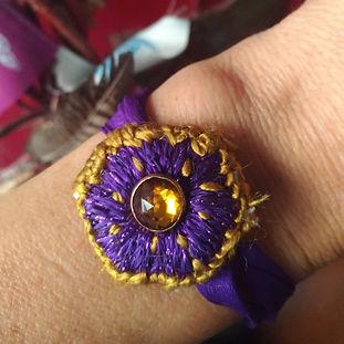 bracelet-pensée.jpg